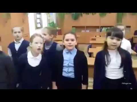 Anak-Anak di Rusia ini Menyanyikan Lagu Buton Tana Wolio