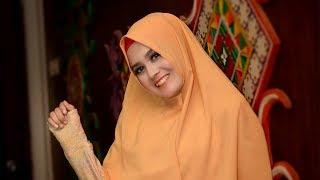 Ery Juwita model hijab aceh