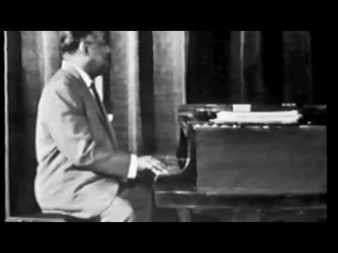 Count Basie Orchestra featuring Count Basie piano & bass duet 1960.