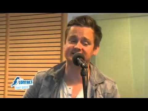 Keane - Somewhere Only We Know - Acoustic - (2012-05-02) Radio Contact, Belgium