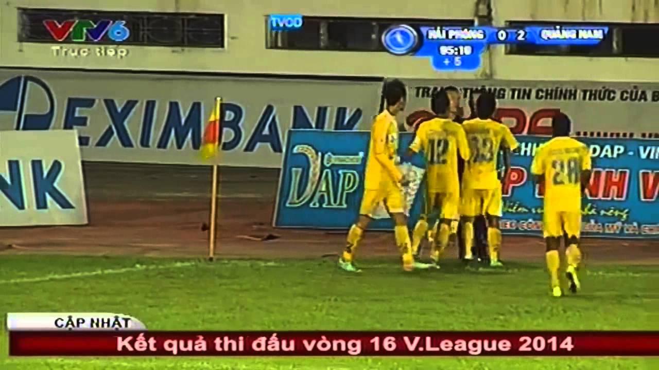 Cầu thủ cởi áo dọa đánh trọng tài bị treo giò 2 trận