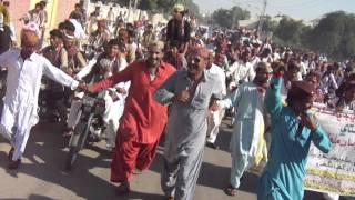 SINDHI TOPI AJRAK DAY at tando thoro hyderabad 20-11-11.MP4