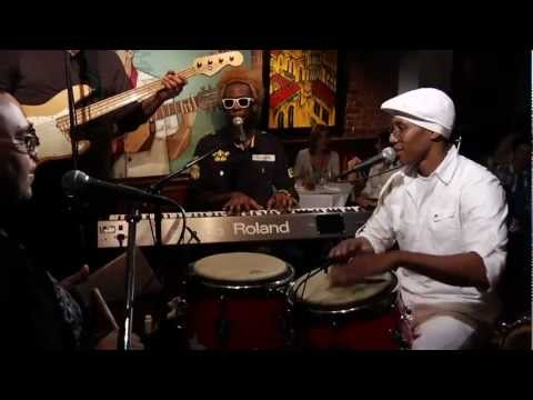 Pedrito Martinez Group -  Que Palo  (Live).mp4