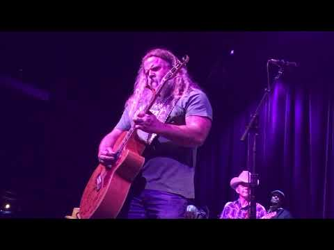 Jamey Johnson Give It Away MIND-BLOWING Performance.  Live at the House of Blues Boston on 4/9/19