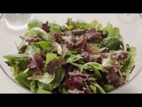 Salad Recipes - How To Make Pear And Blue Cheese Salad