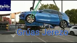 Grúas Jerezo , servicios de grúa en Alicante y Murcia. Transportes de vehículos para exposiciones.