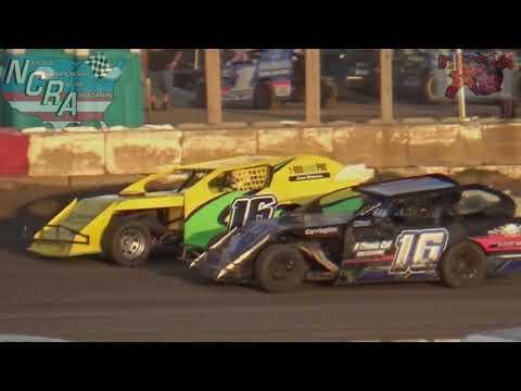 81 Speedway 8-12-17 NCRA AAA Modified Heat Races
