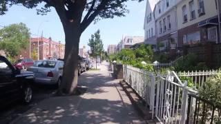 Download Video 21ST AVE ASTORIA NY MP3 3GP MP4