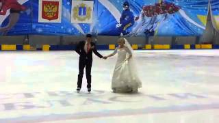 Свадьба на льду. Первый танец  молодых 😄First dan