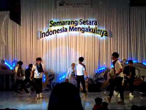 M1sT Perform @Citraland, Semarang