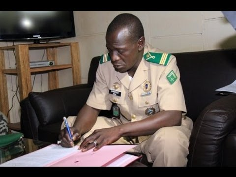 Général Amadou Haya SANOGO: ceux qui sont venus m'interpeller chez moi voulaient ma mort