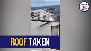 WATCH   Roof of secluded CT beach cottage blown off by gale force winds