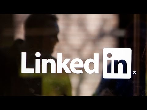 Shares of LinkedIn Sink After Issuing Weak Guidance