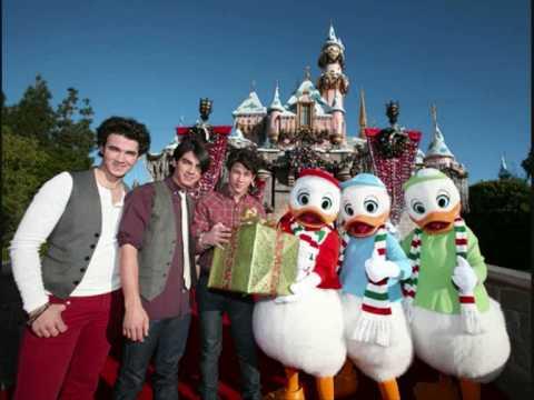 Joy To The World- Jonas Brothers (Great Quality w/download Link + Lyrics