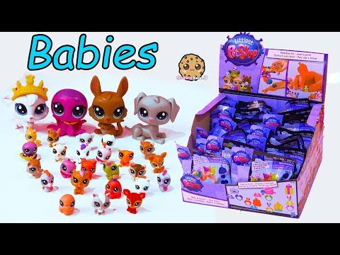 Thumbnail: Mom & Babies ! Littlest Pet Shop Mommies + Baby Animal Surprise Blind Bag Toys