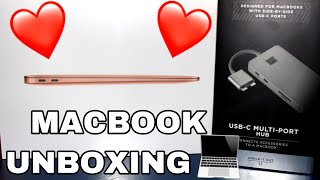 Unboxing the macbook air