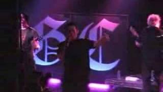 Good Charlotte - Wondering Live