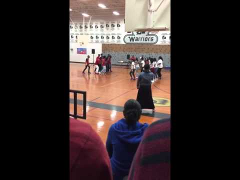 Hodges bend middle school dance battle (MUST WATCH)