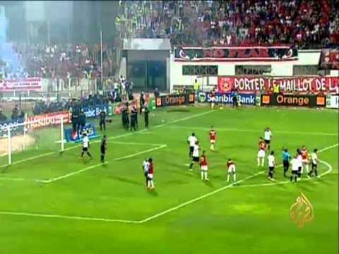 الشغب يوقف مباراة النجم والترجي التونسييْن