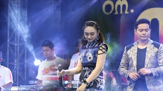 Download lagu BERBEZA KASTA JIHAN AUDI Feat ANDI LA - OM ADELLA LIVE DI KLAMPIS BANGKALAN MADURA
