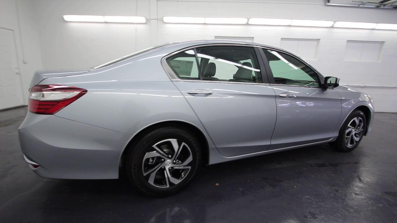 2017 Honda Accord Lx Lunar Silver Metallic Ha054728 Seattle On
