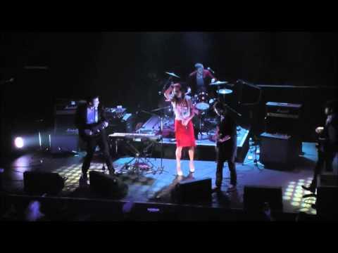 PaperTrails - Seven Crows live @ Rickshaw Theatre