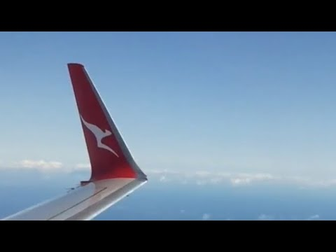 [Qantas NEW livery!] B737-800 takeoff from Adelaide Airport