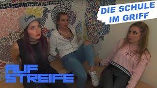 Ärger auf dem Schulhof: Mädchen-Clique gibt den Ton an | Auf Streife | SAT.1 TV