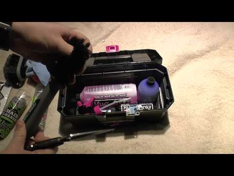 Muc-Off unboxing 2 (MB)