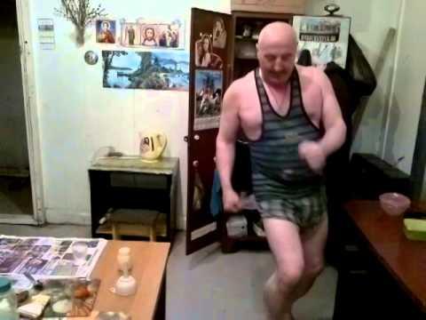 Колян танцует лучше всех.....