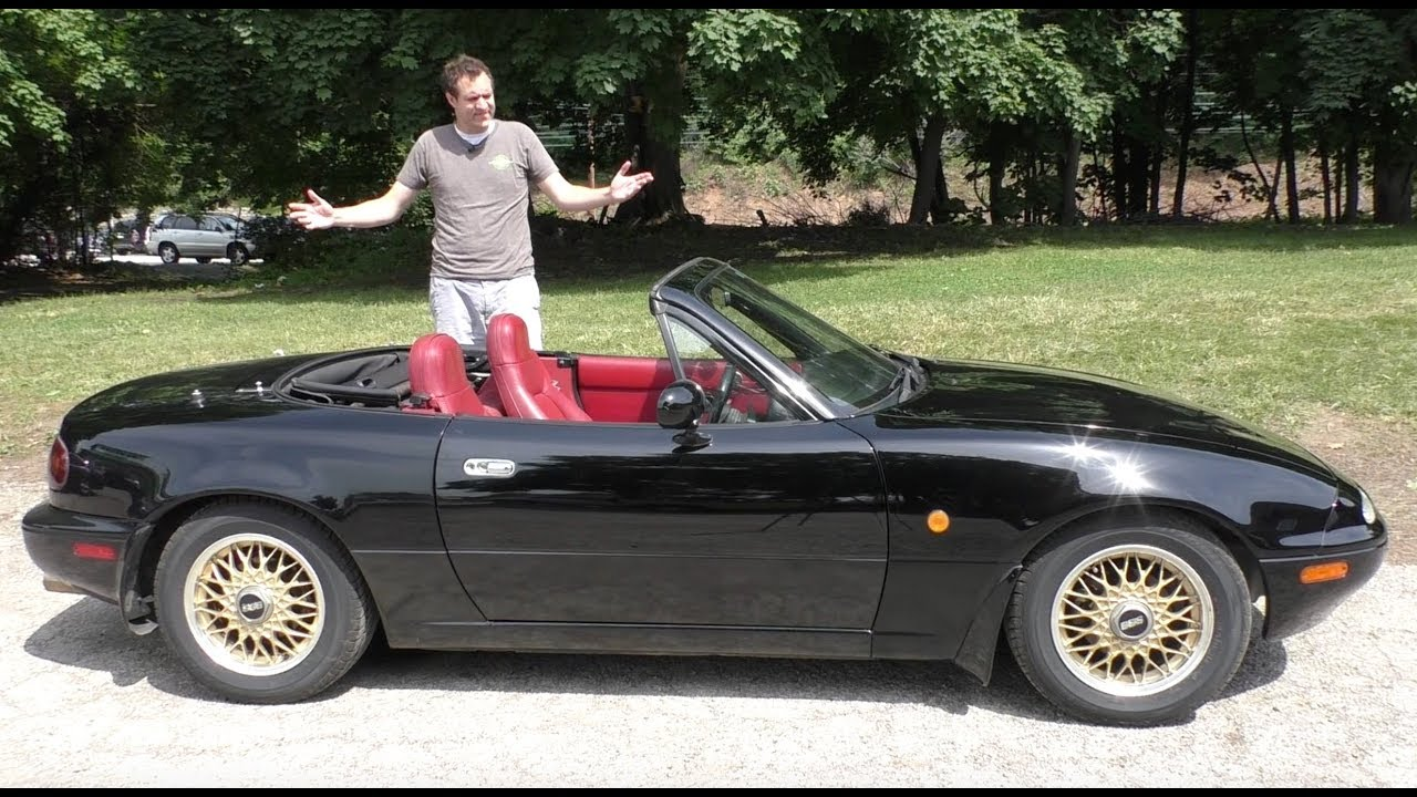 Here's Why the Original Mazda Miata Is a Legend