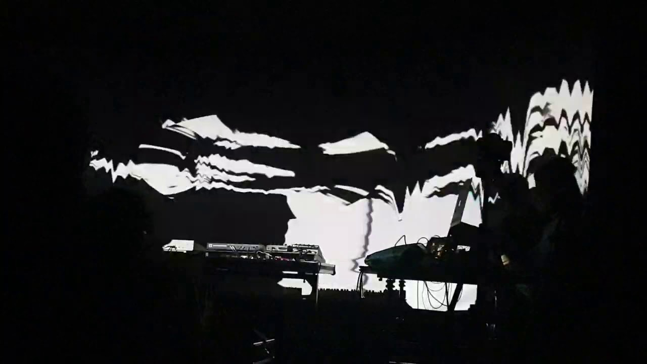 Live Visuals for PHILET