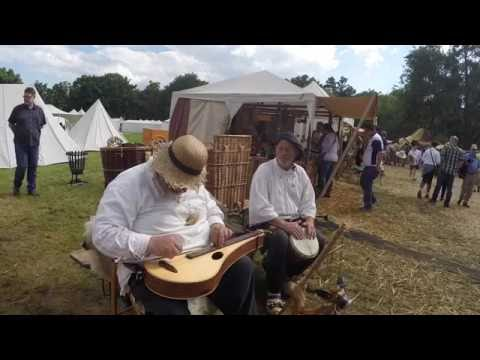 Duo Dulcimus . Shady Grove . Dulcimer and Djembe