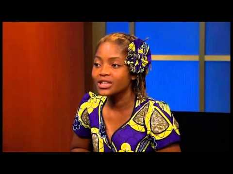 UN Secretary-General talks to the student from Mozambique Raquelina Langa