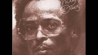 Miles Davis - Red China Blues