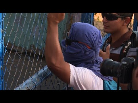 Hundreds in Nicaragua protest to free arrested students
