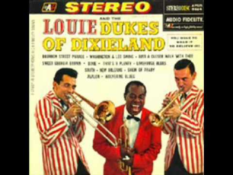 Louis Armstrong - 01. BOURBON STREET PARADE - Louis and the Dukes of Dixieland