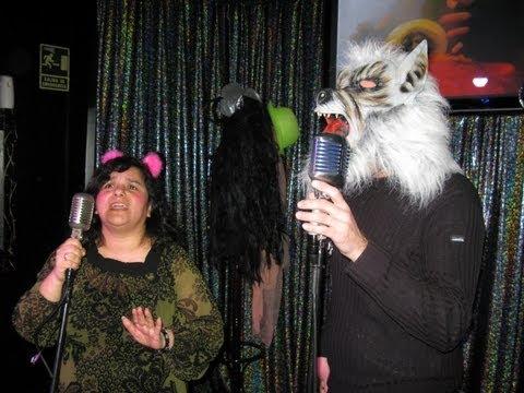 Karaoke Party singing Caperucita Feroz (Fierce Little Red Hood) Part II