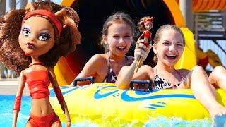 Монстер Хай в аквапарке - Развлечения онлайн