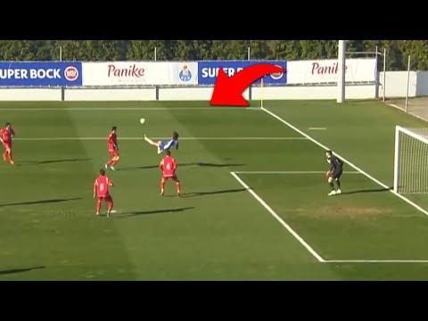 Ele só TEM 16 ANOS  BR reagindo a Fabio Silva