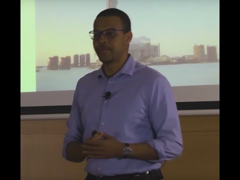 Cheaper and Cleaner: LNG and a better airplane | Jonathan Gibbs | TEDxReyJuanCarlosUniversity