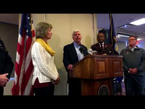 Governor speaks at Central Michigan University shooting press conference