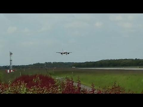 """"""" START UND LANDUNGEN """" Flughafen Euro Airport Mulhouse Freiburg Basel Bale France Switzerland"""