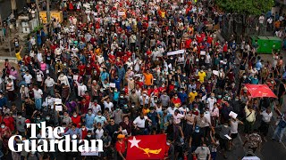 Myanmar: tens of thousands protest for second day despite internet blackout