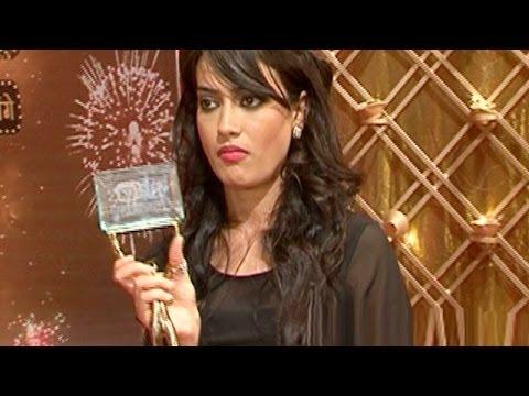 Qubool Hai : Zoya aka Surbhi Jyoti WON the Most Promising Performer of the Year Award