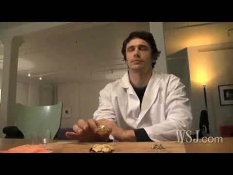 James Franco Interviews Artist Marina Abramovic / Dec 3, 2009