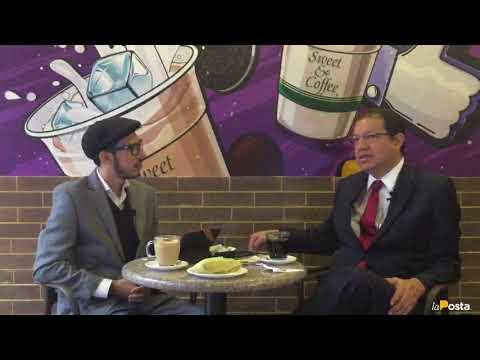 News And Coffee : Santiago Guarderas