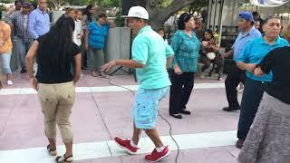 """Plaza de Armas. Torreón Coahuila. Tardeada """"Cumbia Sampuesana"""""""
