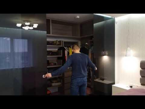 гардеробная комната стеклянная