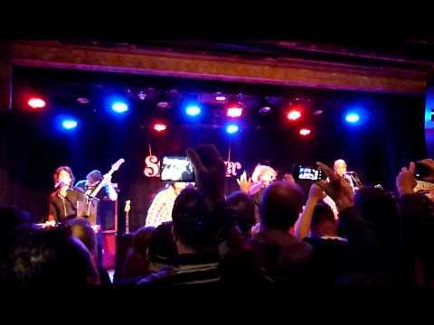 Sammy Hagar w/ Jack Blades & Billy Sheehan -